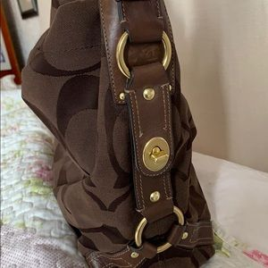 Coach Bags - Coach shoulder bag. Preloved.